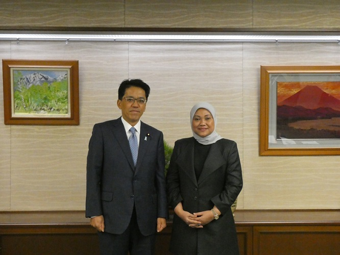 Parliamentary Vice-Minister of Justice Received Courtesy Call from the Minister of Manpower of Indonesia